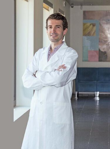 Dr. António Melo