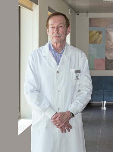 Dr. Carlos Aguiar