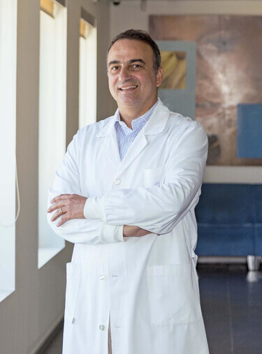 Dr. Vítor Leal